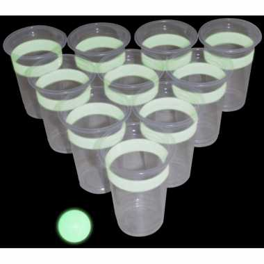 Glow in the dark beker drinkspel